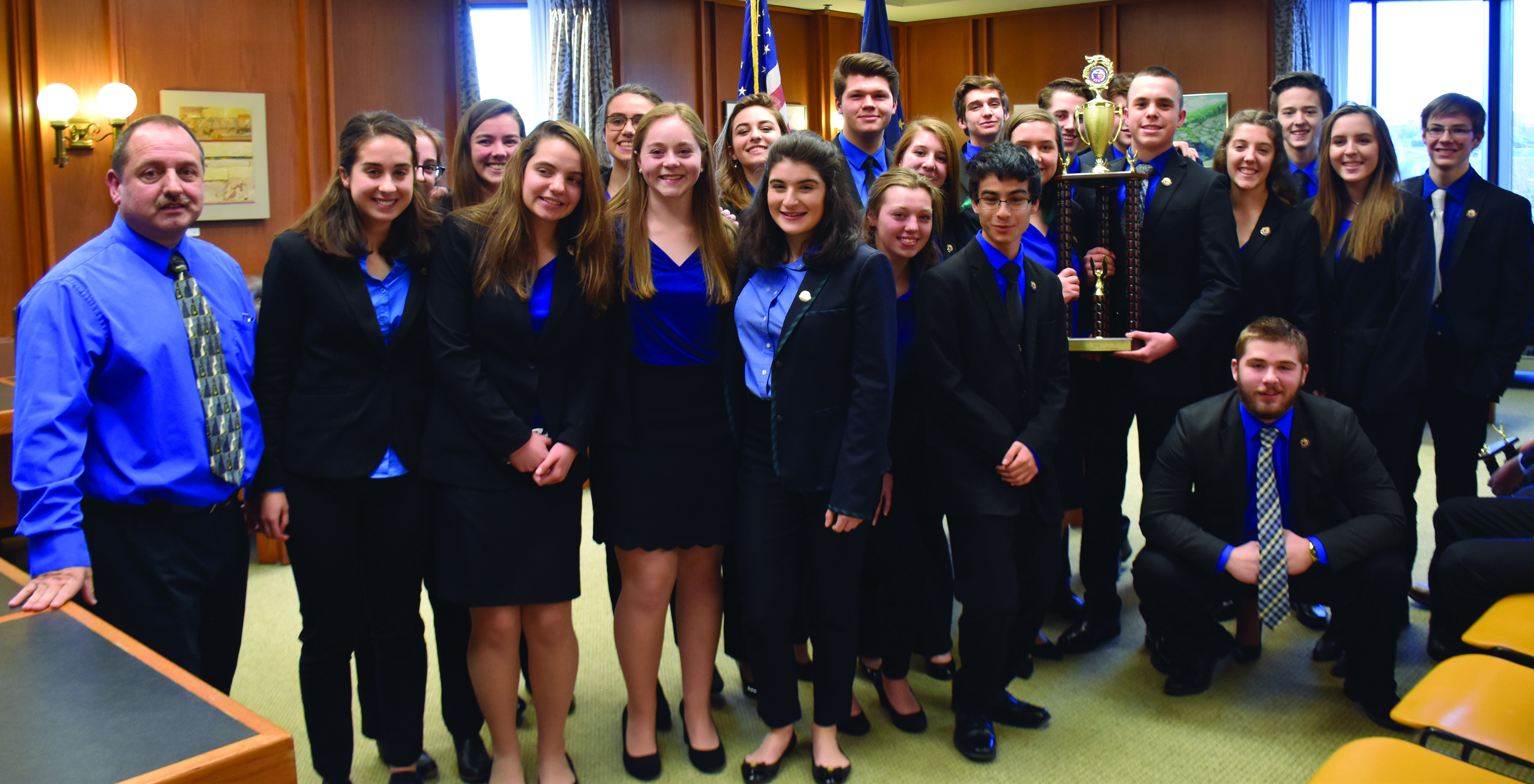 """Milford Students Place First in the 2019 """"We the People"""" NH State Finals"""